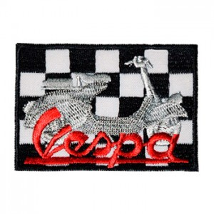 Vespa com xadrez