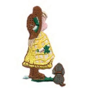 emblema-crianca-boneca-com-cao-def