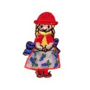 emblema-crianca-boneca-com-trancas-def